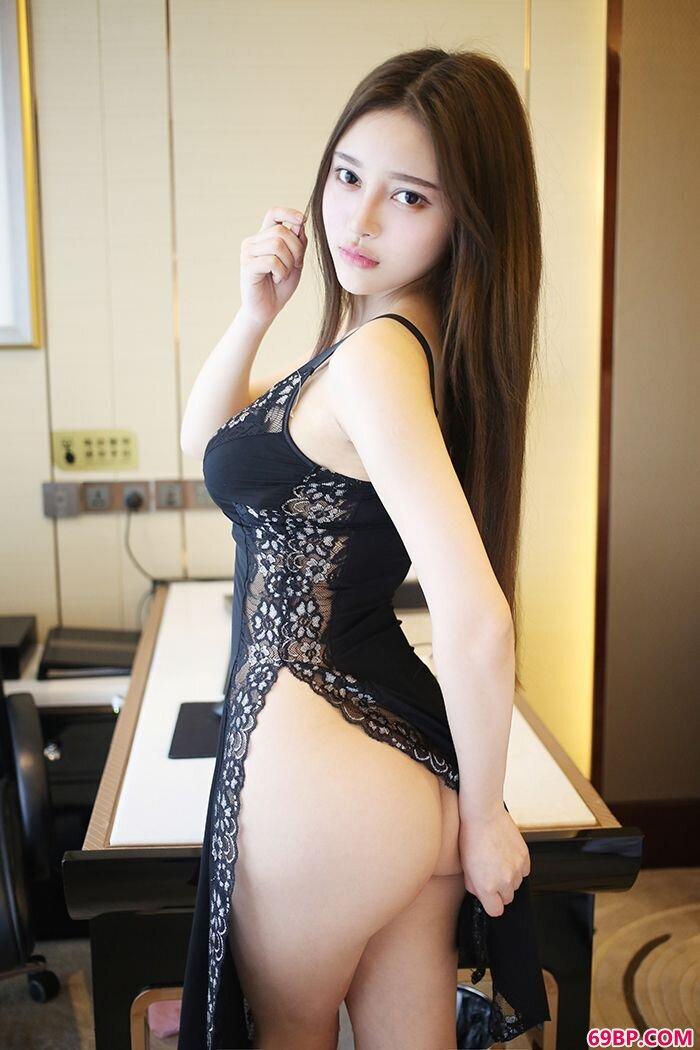 风情唐琪儿情趣黑丝旗袍开衩露美臀_国模吧专业摄影大胆