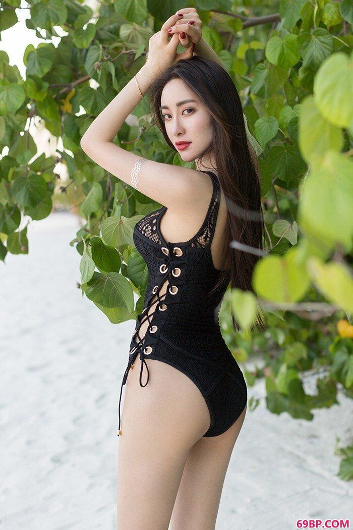 火爆女神穆菲菲勾魂胴体娇柔魅惑,中文西西人体