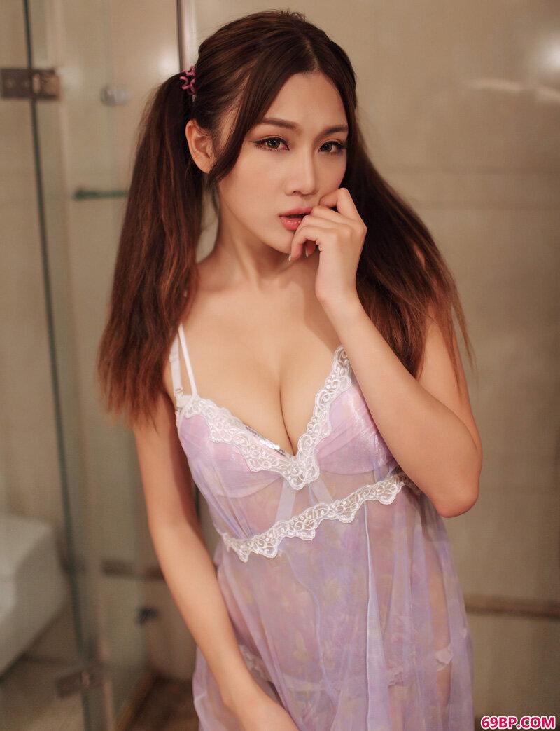 美颜嫩妹颖儿笑容绽放可人_西西人体www44net.sr