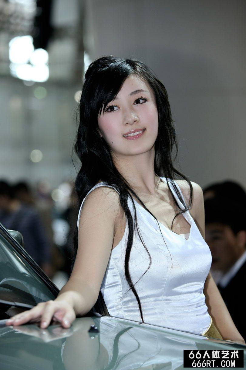 广州车展上的靓丽超模,gogo最新人体艺术网站