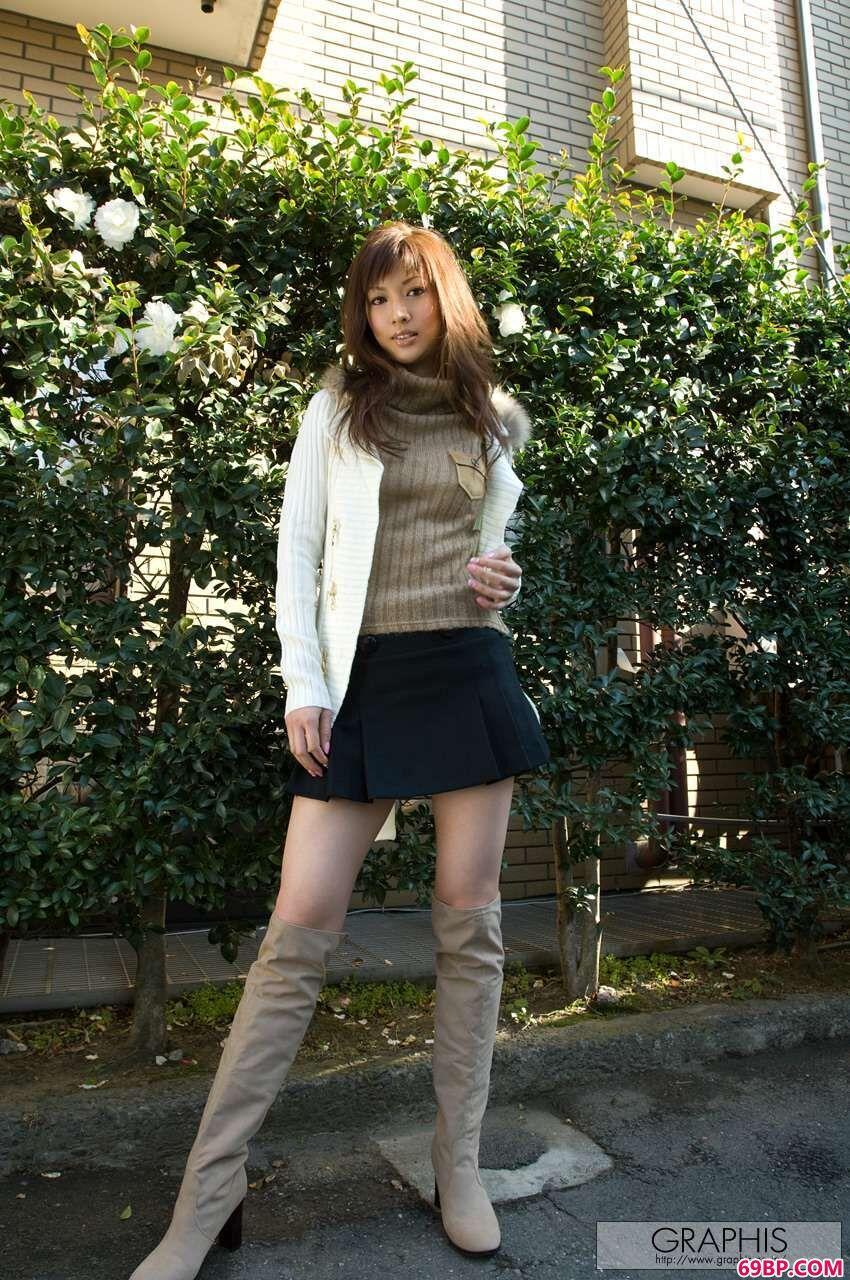 337p日本大胆欧美人图片_气质优雅身材高挑的美少女