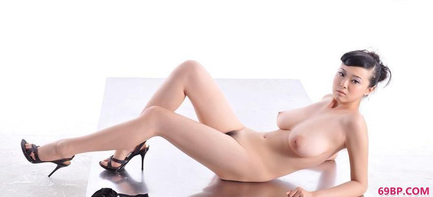 人体模特优璇_丰润迷人的裸模冰漪3