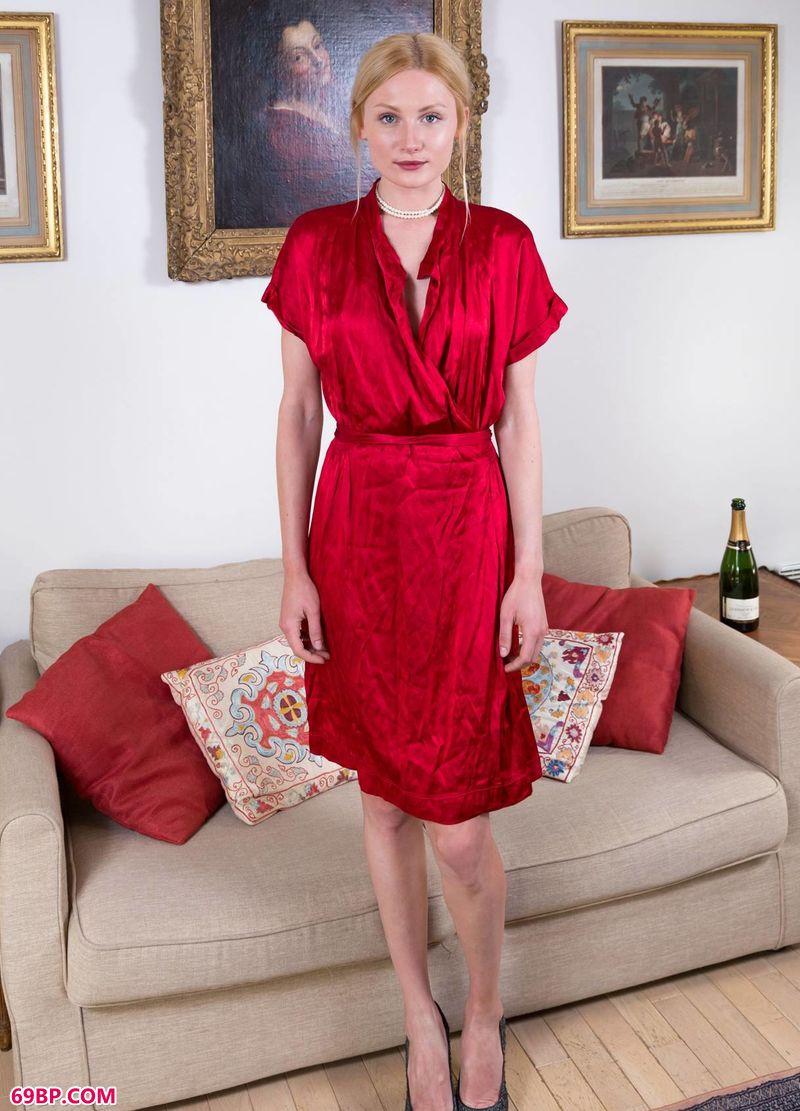 红裙金发伊人Gerda